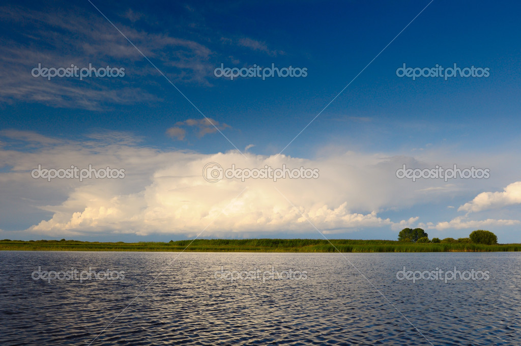 Summer lake — Stock Photo #2082611