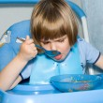 Child eat — Stock Photo