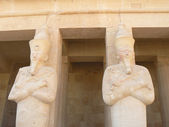 Statue of Queen Hatshepsut — Stock Photo