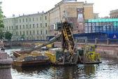 Clean river in Sankt-Petersburg — Stock Photo