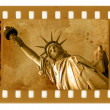 Old 35mm frame photo with NY Statue of L — Foto de Stock