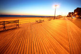 Classic NY - evening in Brighton Beach — Stock Photo