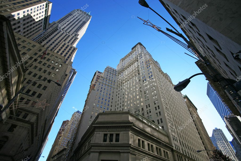 Classical New York - Wall street, Stock Exchange and skyscrapers in Manhattan — Stock Photo #1060674