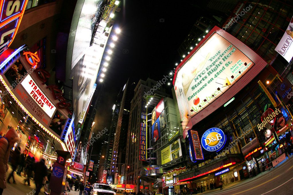Broadway street, New York street night life. New York City, which is the largest and most populous city in — Stockfoto #1063724