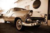 Retro araba — Stok fotoğraf