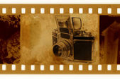 Old 35mm frame vs retro camera Exacta — Stock Photo
