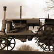 Old tractor — Stock Photo