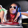 Cool afro american DJ in action — Stockfoto