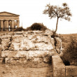 Italy, Greek temple in Agrigento — Stok Fotoğraf #2267334