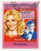 Madonna and actor Pierce Brosnan — Stock Photo