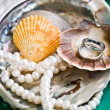 Rings and pearls — Stock Photo #1085966