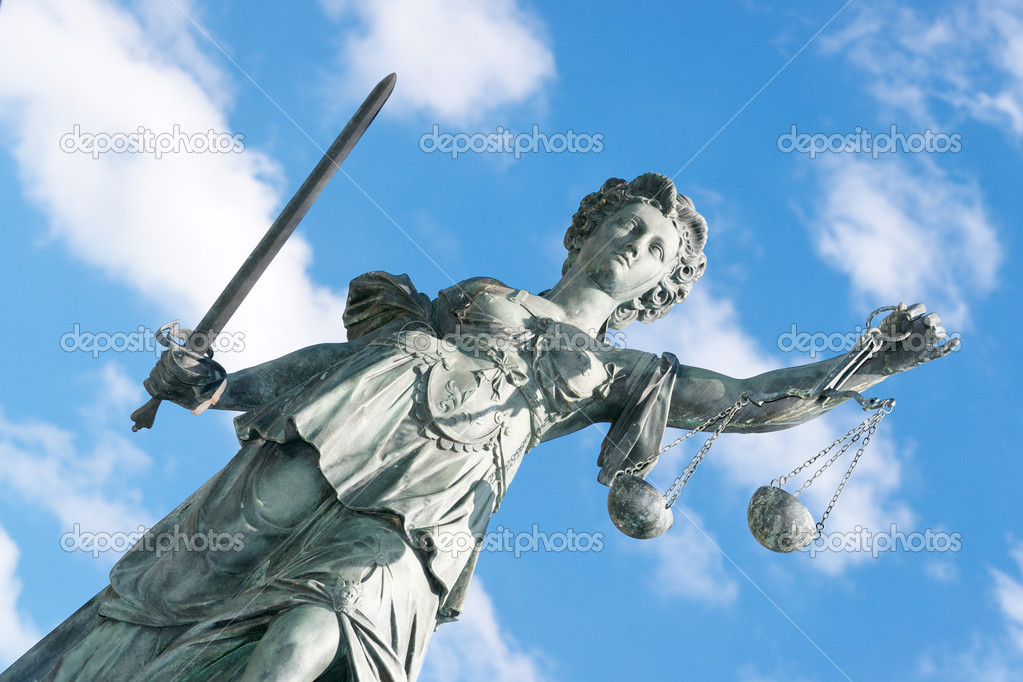 Lady Justice statuee in Frankfurt. — Stock Photo #2579329