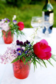 A bunch of summer flowers for picnic — Stock Photo