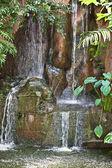 在马来西亚的山瀑布。浮罗交怡 — 图库照片