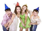 Groupe de célébrer l'anniversaire. — Photo