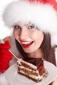Garota de natal e bolo no prato. — Foto Stock