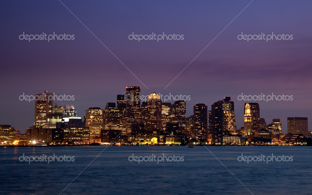 Illuminated skyscrapers of Boston at night, reflected in the water of the Charles River — Stock Photo #1023219