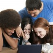Teens with laptop — Photo