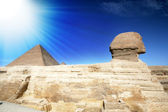 Egyptian Sphinx pyramid in Giza. — Stock Photo