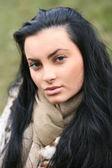 Piękna brunetka dziewczyna — Zdjęcie stockowe