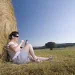 Young woman communication technology — Stock Photo