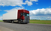Claret lorry with white trailer — Stock Photo
