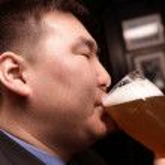 Man drinks beer — Stock Photo #1051857