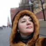 Pretty woman in Kremlin — Stock Photo