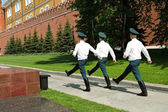 Changing guards in Kremlin — Stock Photo