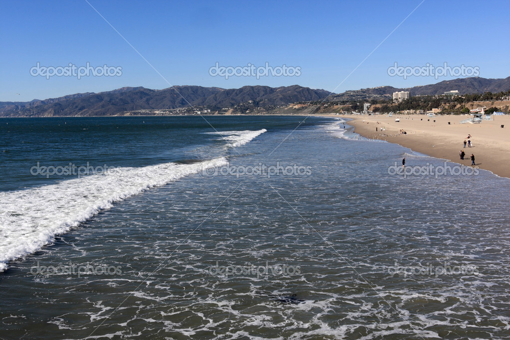 The Pacific Ocean and Santa Monica beach  Stock Photo #1086565