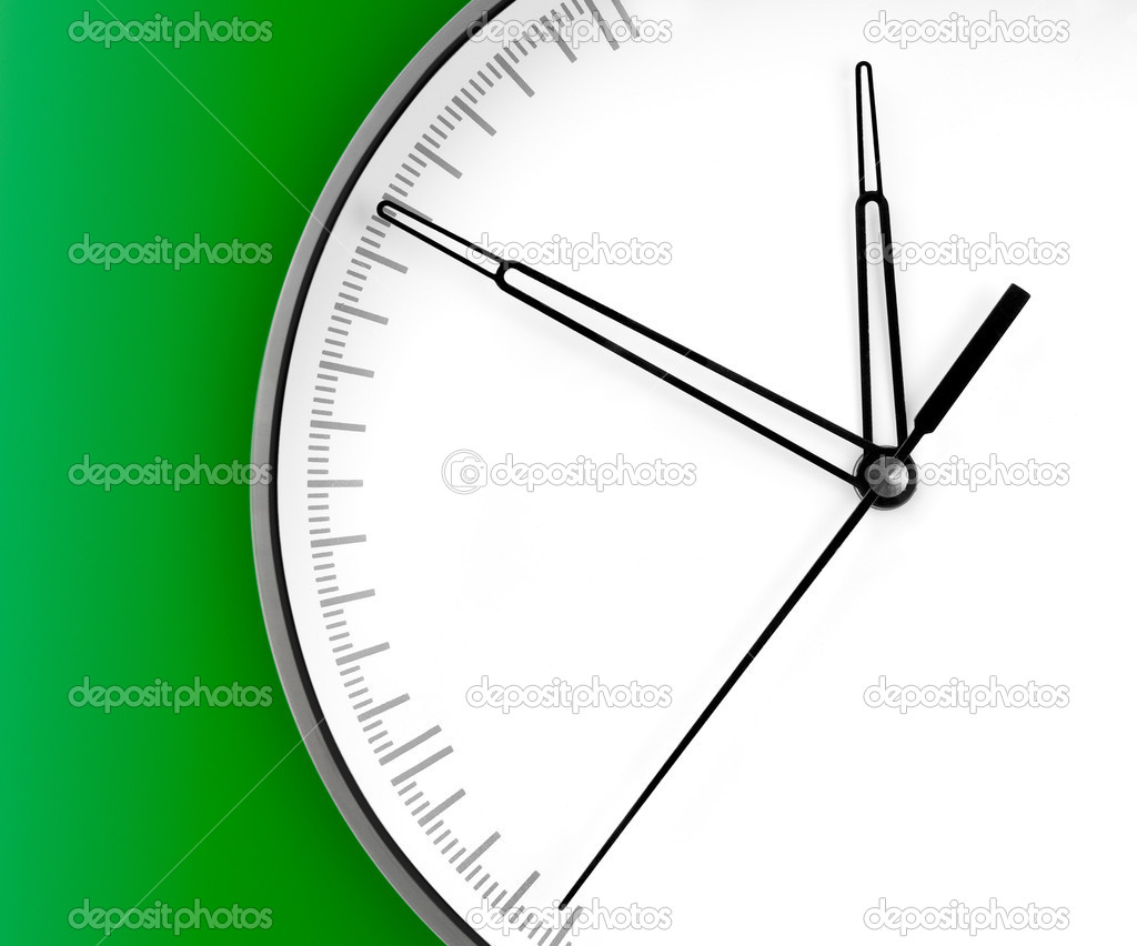Wall Clock, isolated on green background — Stock Photo #1140647