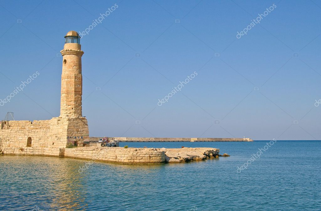Old lighthouse in Rethymno in the island of Crete — Stock Photo #1035158