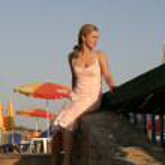Girl at the beach — Stock Photo