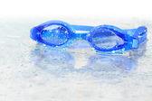 мокрый плавательные очки — Стоковое фото