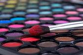 Professional brush on red eyeshadows — Stock Photo