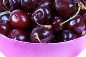 Closed up bowl with cherries — Stock Photo