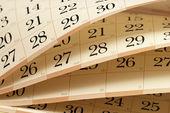 Fragmento de calendário com folhas entreabriu em diferentes ângulos — Fotografia Stock