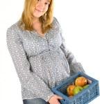 elma ile hamile kadın — Stok fotoğraf