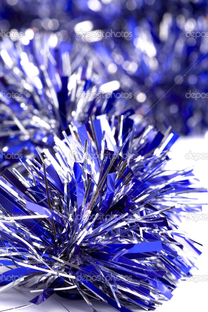 Blue christmas tinsel garland closeup — Stock fotografie #1074246