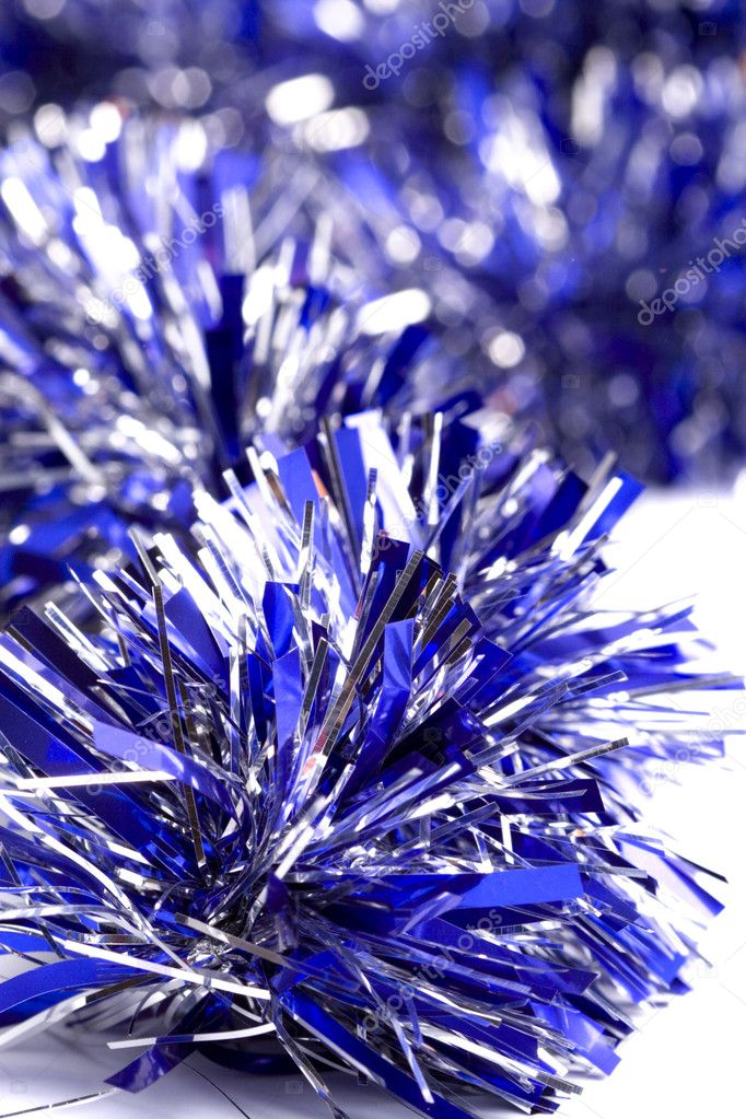 Blue christmas tinsel garland closeup — Stockfoto #1074246