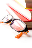 Högen med böcker och glasögon — Stockfoto