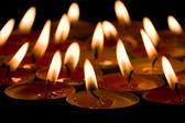 пылающий свечи — Стоковое фото