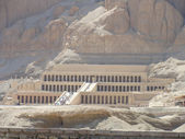 Beautiful ancient Egyptian pyramids — Stock Photo