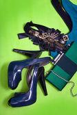 женская обувь и сцепления — Стоковое фото