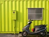 Bright Green Container House — Stock Photo