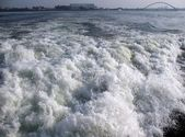 Turbulent Wake Surf — Stock Photo