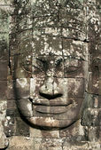 Smiling stone face of Bayon — 图库照片
