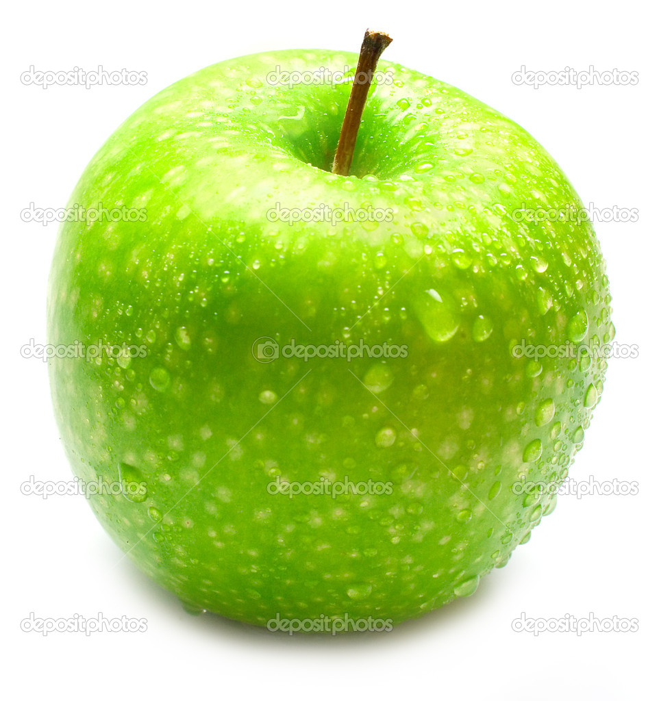 The ripe juicy green apple covered by drops of water. Isolation on white, shallow DOF. — Stock Photo #1379607