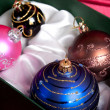 Kerstboom ballen in vak — Stockfoto