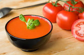 Spanish cold tomato-based soup gazpacho — Stock Photo